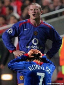 Cristiano Ronaldo apologizes to Wayne Rooney for cheating